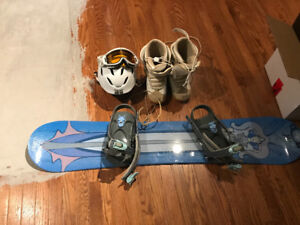 Girls Board,boots,helmet and goggles set