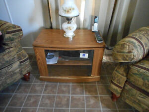 TV STAND THAT TURNS