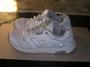 Men's New Balance 926 Walking Shoes Size 9 1/2 Wide