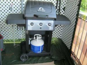 BBQ.BROLL KING AVEC TOILE DE PROTECTION