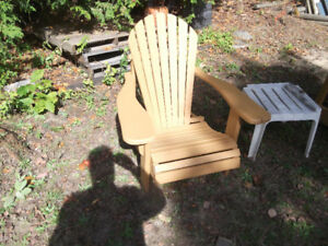 Two Muskoka  $100 and One Park Bench $50 for sale Barrie