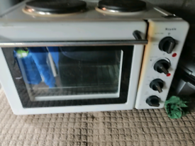 Table top cooker and oven