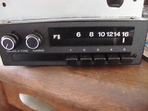 AMC JEEP AM RADIOS Windsor Region Ontario image 1