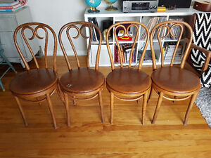 Set of 4 Vintage Bentwood Style/Cafe Chairs
