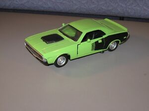 1970 Green Dodge Challenger NewRay 1:34 Scale Die Cast Pull N Go