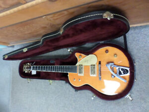 2013 Gretsch G6121-1959 Chet Atkins Solid Body guitar (used).