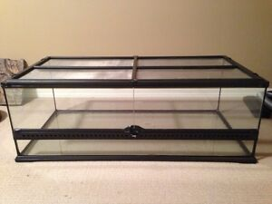Exoterra Large Size Terrarium. Lightly used.