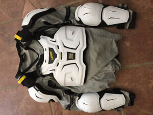 Leatt Chest Protector-size S/M adult
