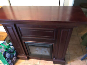 Wooden electric fireplace