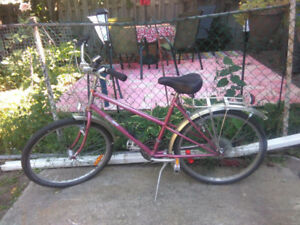 "Maverick female mountain bike with 18.5"" frame and 26"" tires,"