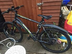 Large whyte 801 mountain bike 1 year old
