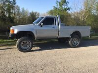 Ultimate hunting truck 1984 Toyota flat deck