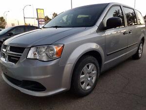 2013 Dodge Caravan Minivan SE