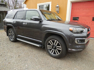 2016 Toyota 4Runner Limited gris charcol