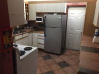 Rooms for Rent Near UWindsor