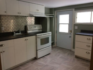 1 bdrm apartment in house near Chocolate Lake incl all amenities