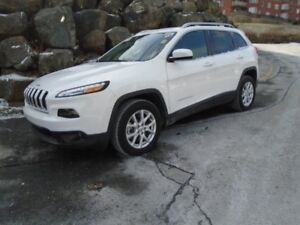 2018 JEEP CHEROKEE North I (WAS $35,810 NOW $25,900)