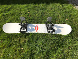 Men's snowboard, boots and bindings