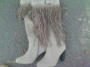 Grey Boots - Sz 7