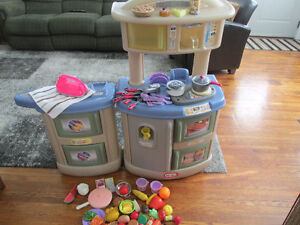 LITTLE TIKES KITCHEN AND LAUNDRY