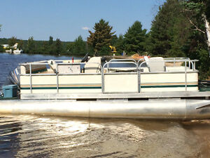 1999 Forster 18' pontoon boat with 50 hp Yahmaha 4 stroke