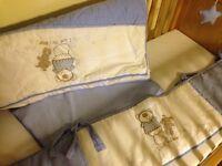 Cot bedding set