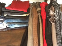 35 items, 8 dresses, 8 bottoms,18 tops most size 6