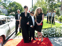 **Limousine Buses, Limos & Party Buses**416.857.4432