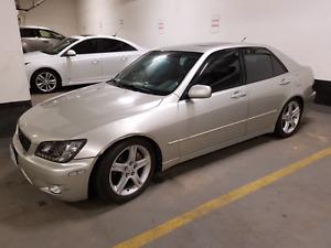 Lexus IS300 2001- Silver