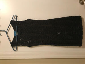 Pretty little black sequins dress, Size XS