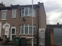 Large 5 Bedroom House In Plaistow has just come Available with a extremely Large garden.
