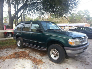 1997 Ford Explorer XLT VUS