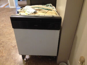 Hot Point Dish Washer