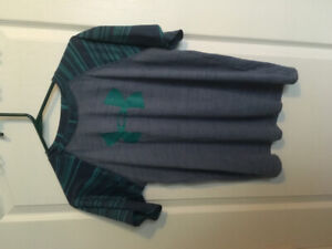 Under Armour Boys youth XL T-shirt Heat gear
