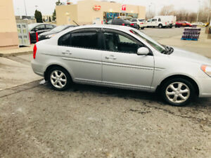 HYUNDAI ACCENT GLS 2011 AUT FULL  SHOWROOM  À VOIR 5130 CHAMBLY
