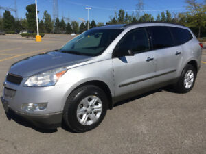 CHEVROLET TRAVERSE LS AWD 2009 ( 8 PASSAGER )