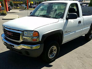 2004 GMC Other HD Pickup Truck 6.6L Duramax Lift gate !!!
