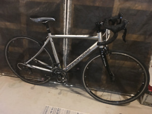 2012 Cannondale Synapse 105 Aluminum Road Bike