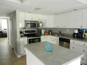 Beautiful 3 bedroom Handicapped Accessible Condo for Rent