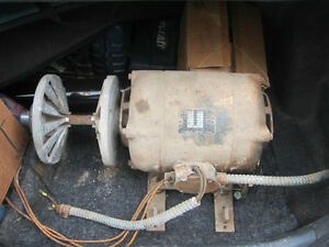 4HP Electric Motor w/Adjustable Pulley - reduced