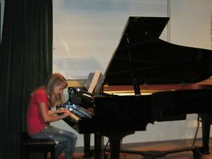 IN-HOME PIANO LESSONS with an experienced teacher Kitchener / Waterloo Kitchener Area image 3