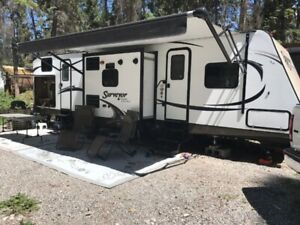 2015 32' Okanagan vacation trailer rental