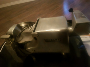 commercial restaurant meat grinder & product shredder