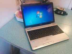 Toshiba 15.6'' Windows 7- 4GB RAM