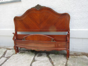 Fabulous Antique (c1935) Mahogany Double Bed Bed