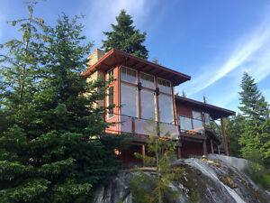 Stunning Furnished Whistler Style Executive Home