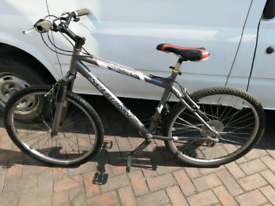 "Schwinn Frontier mens MTB WITH26""wheels"