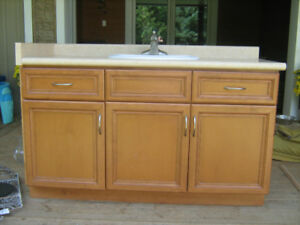 54 inch vanity in great condition, complete with arborite top