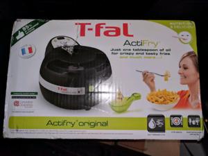 T-fal ActiFry Fryer Black 1KG brand new