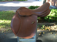 Wintec CAIR All purpose saddle 17 inch seat